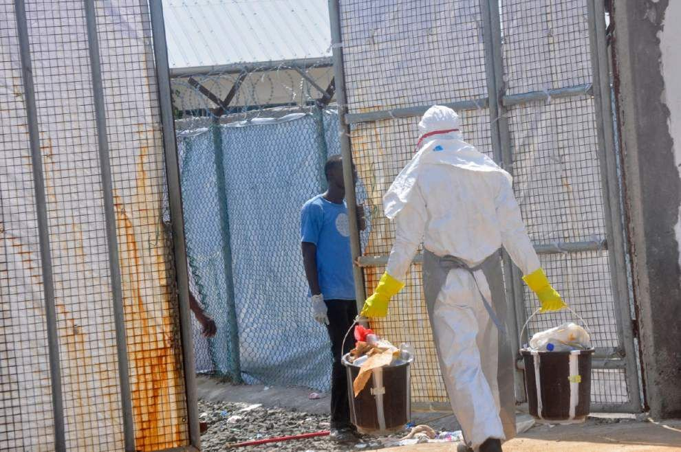 Pentagon orders Ebola quarantine for all U.S. troops returning from W. Africa _lowres
