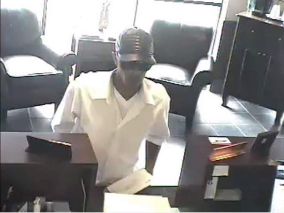 Authorities release surveillance photos of man wanted in Lafayette bank robbery _lowres