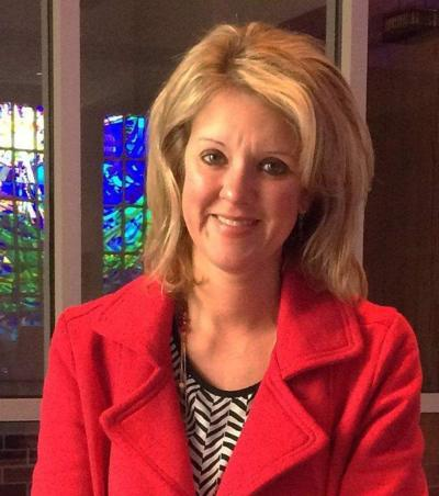 Holy Ghost Mother Seton Award goes to Jodee Hoover _lowres