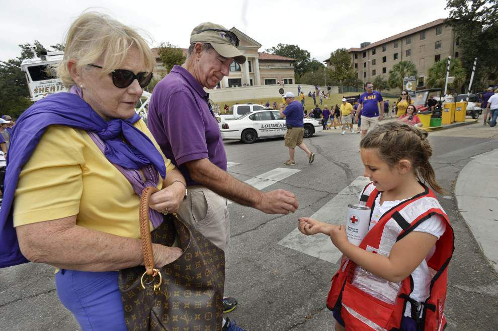 Fans at LSU vs. South Carolina game give more than $40,000 to disaster relief efforts, Red Cross says _lowres