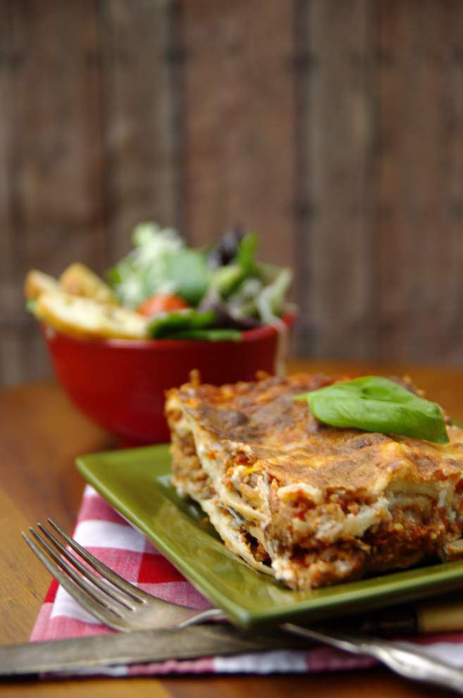 I Eat La.: Comfort friends, family with fresh lasagna _lowres
