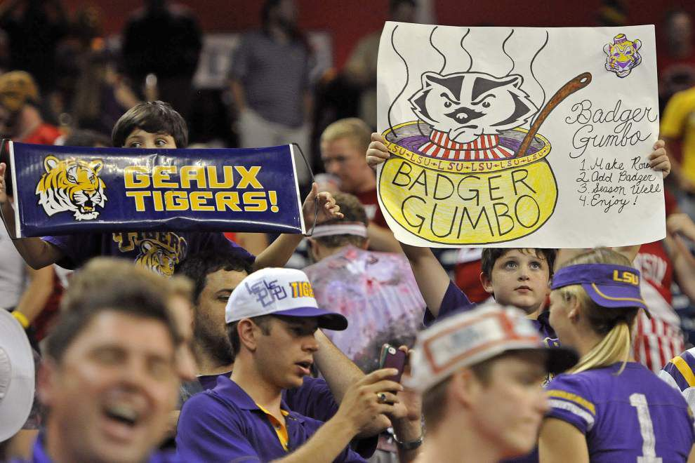 Rabalais: Win over Wisconsin — the weird, the wild, the thrilling — was vintage LSU under Les Miles _lowres