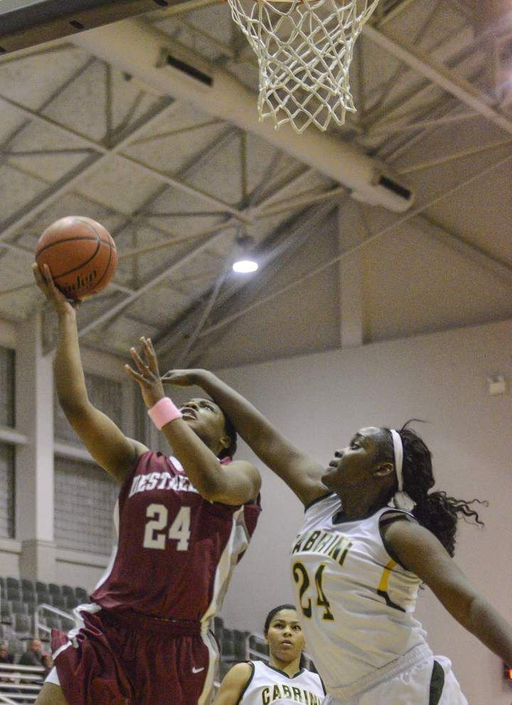 Cara Ursin, Destrehan avenge loss to Cabrini _lowres