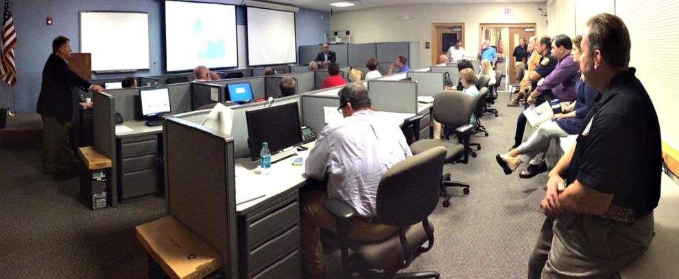 Parish, state officials discuss emergency preparedness _lowres