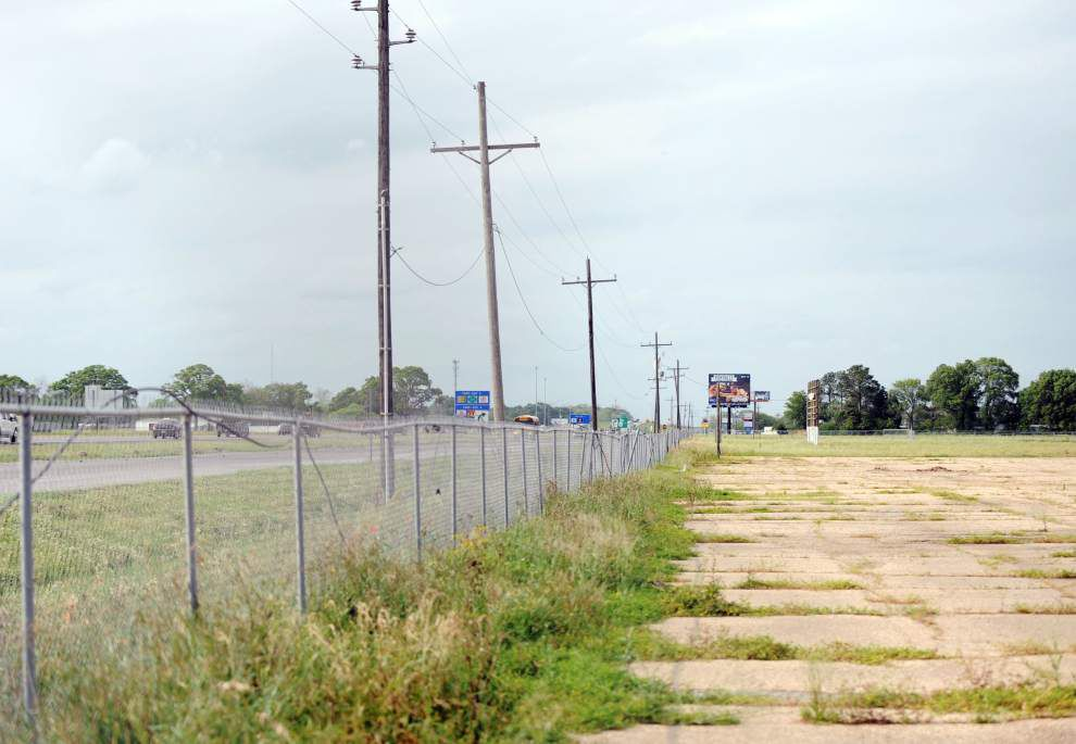 Developer to build FedEx Ground distribution center at old Evangeline Downs racetrack site in Carencro _lowres