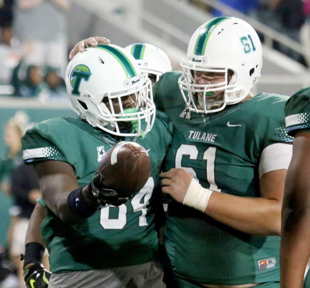 Tulane passing game forced to turn to freshmen _lowres