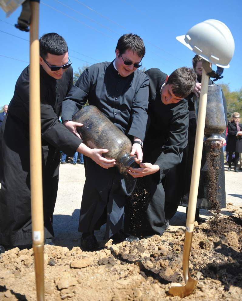 St. Pius X breaks ground for new Catholic church; first to be built in Lafayette since 1999 _lowres