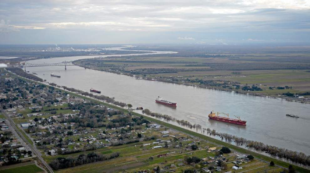The bad with the good? Opening Bonnet Carre Spillway eases flooding but also has both good and bad impacts on Lake Pontchartrain _lowres