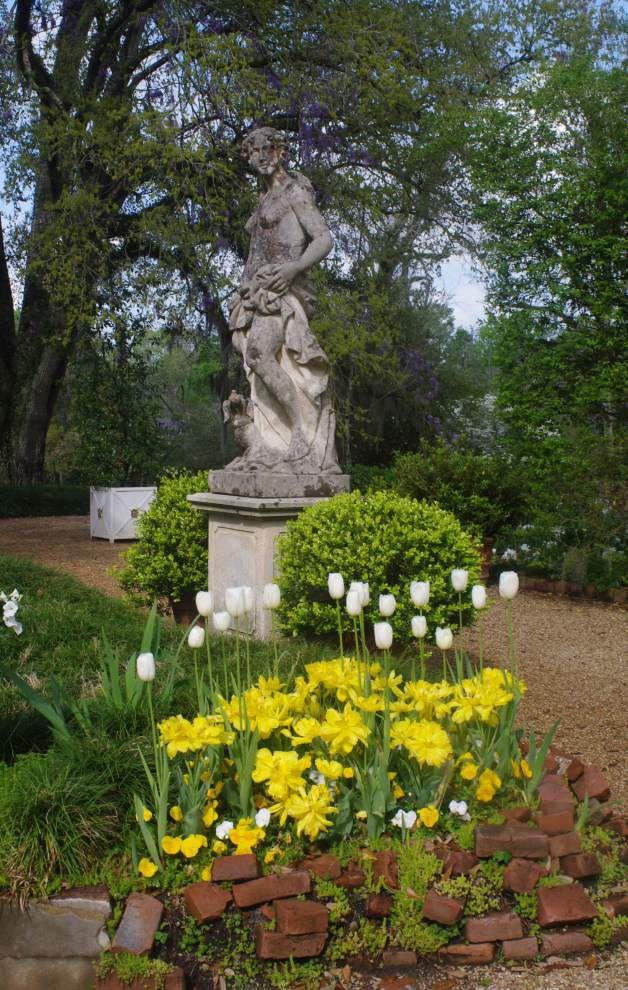 Tour celebrates Afton Villa Gardens _lowres