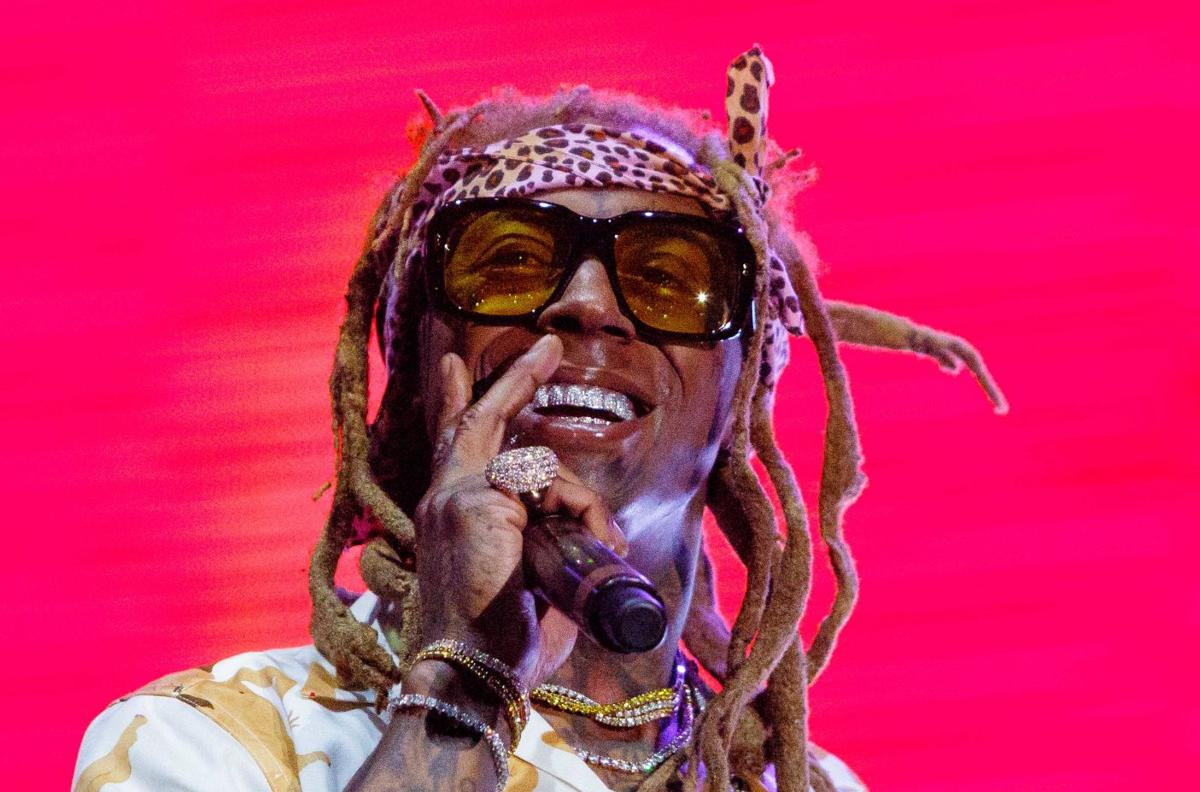 Lil Wayne S 2019 Weezyana Fest Features Later Date New Location
