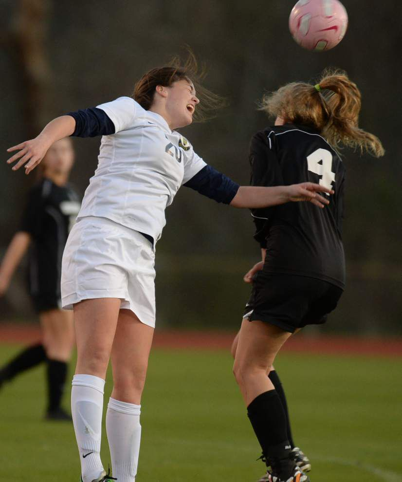 University blanks Episcopal 3-0 in girls soccer _lowres