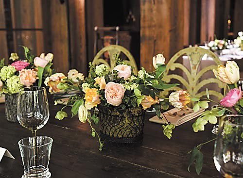 Flower arrangement tips and trends for summer brides_lowres