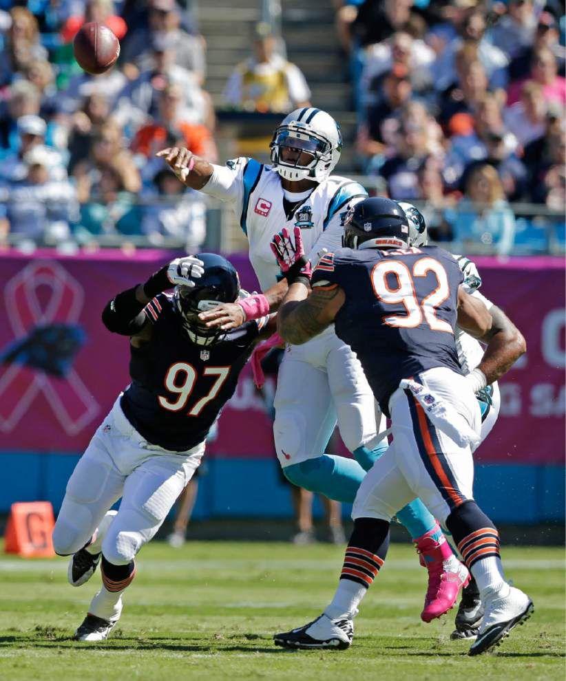 Peyton Manning closes on NFL TD mark _lowres
