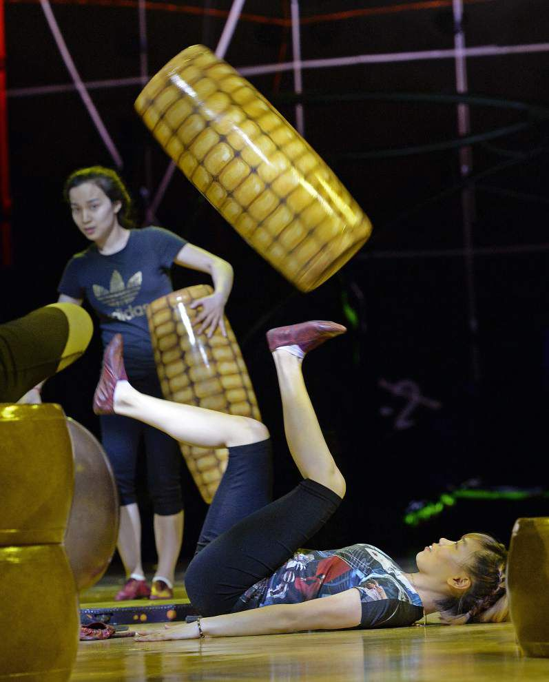 Cirque du Soleil's 'OVO' hits the Baton Rouge River Center with flashy, new show _lowres