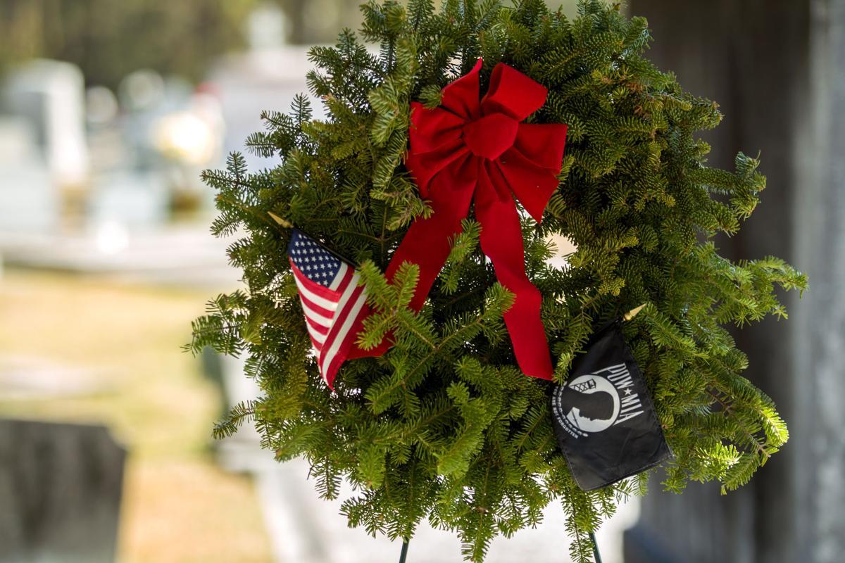 wreath.tam011.122717.jpg