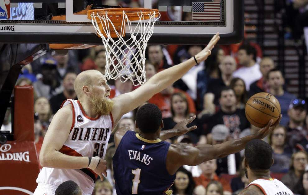 Pelicans' four-game winning streak ends 99-90 in Portland, falling a game behind Oklahoma City for 8th in the Western Conference _lowres