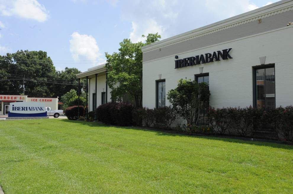IberiaBank robbed; robber wearing wig, blouse, floral shirt, officials claim _lowres