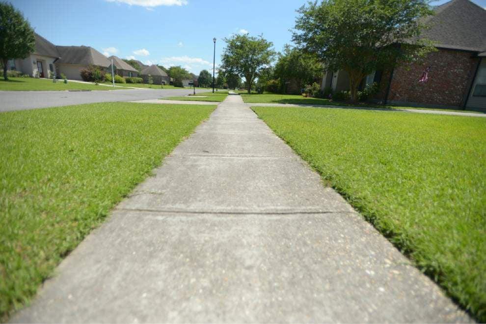 Metro Council grants sidewalk waivers _lowres