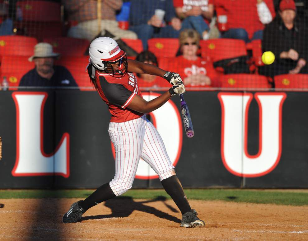 Cajuns pitch way to pair of wins; Kylee Jo Trahan throws perfect game against Alcorn State _lowres