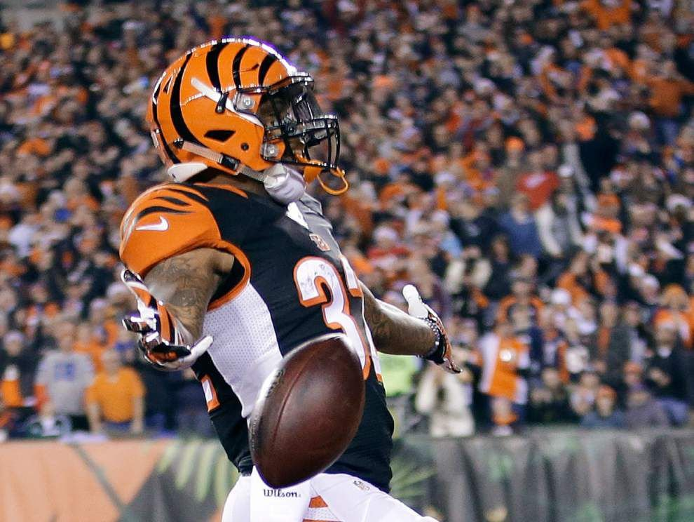 Jeremy Hill has the Bengals back in the playoffs — and hoping for a win this time _lowres