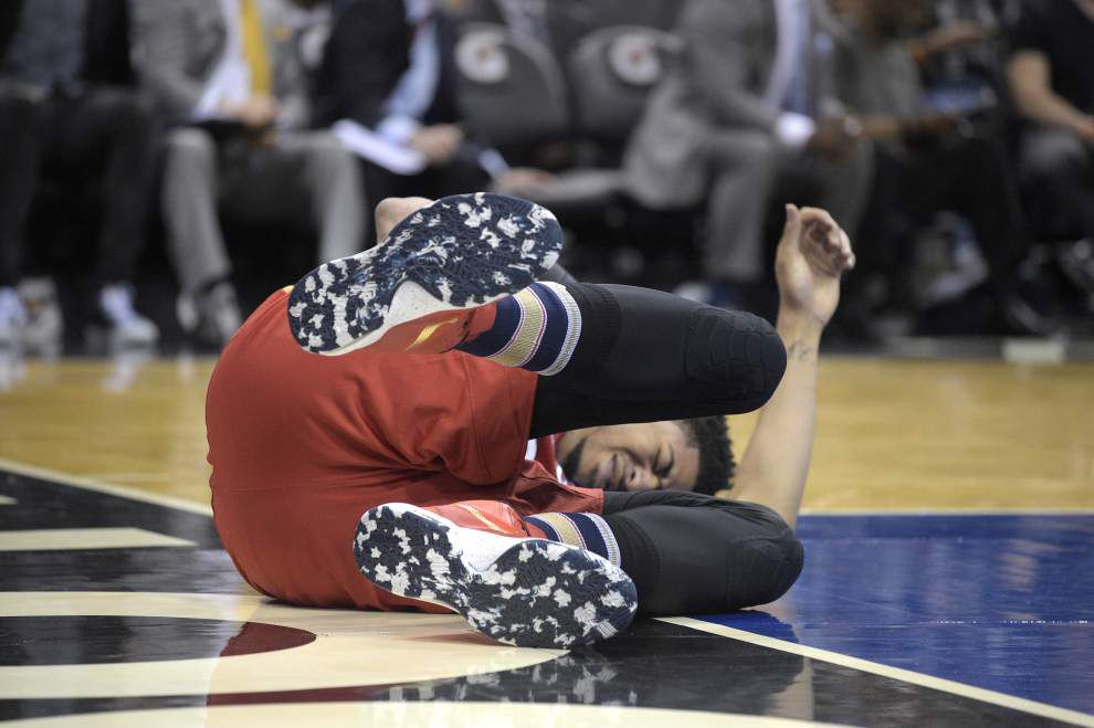 Pelicans coach Alvin Gentry not complaining about Anthony Davis' frequent injuries _lowres