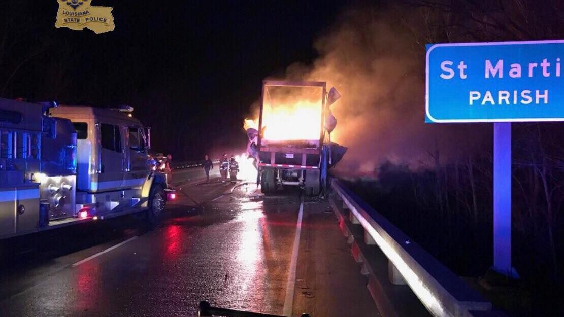 I-10 west shut down at Whiskey Bay after 18-wheeler blaze