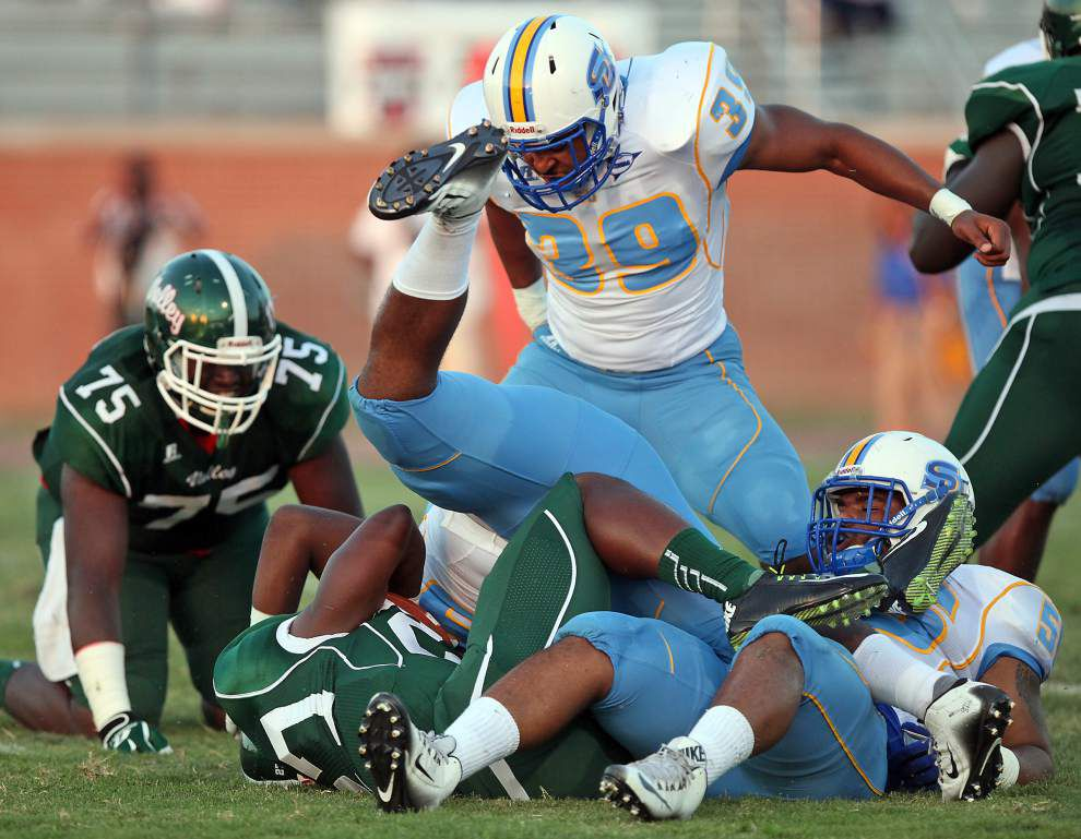 Jaguars bounce back strong to thump Mississippi Valley _lowres