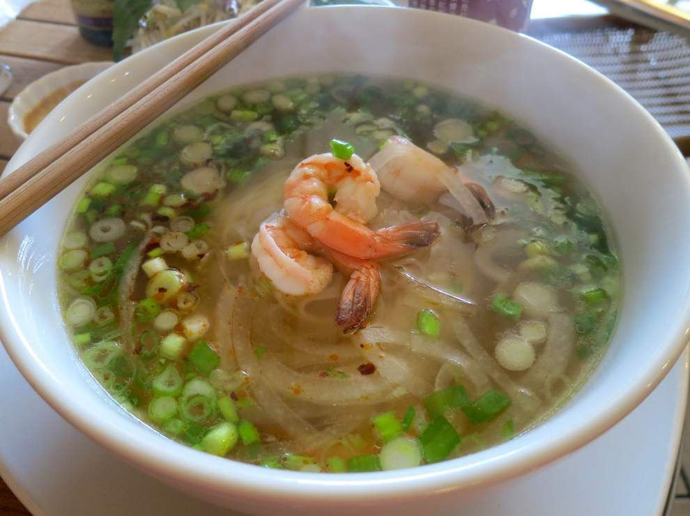 Digging In: A seafood pho with a broth that stands on its own _lowres