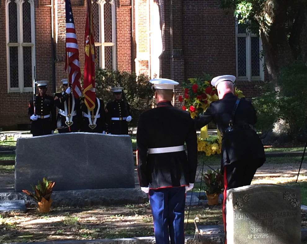 Annual ceremony held at four-star general's grave _lowres