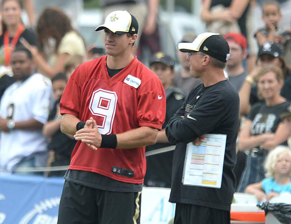Even if he's full-time play-caller, Saints offensive coordinator Pete Carmichael says job will be group effort _lowres
