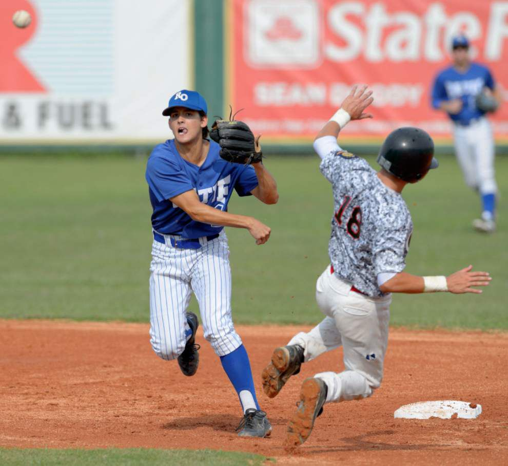 Retif Oil sweeps Refuel for American Legion title _lowres