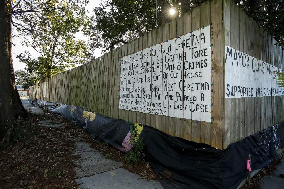 Lengthy legal fight over Gretna man's fence could be settled soon _lowres