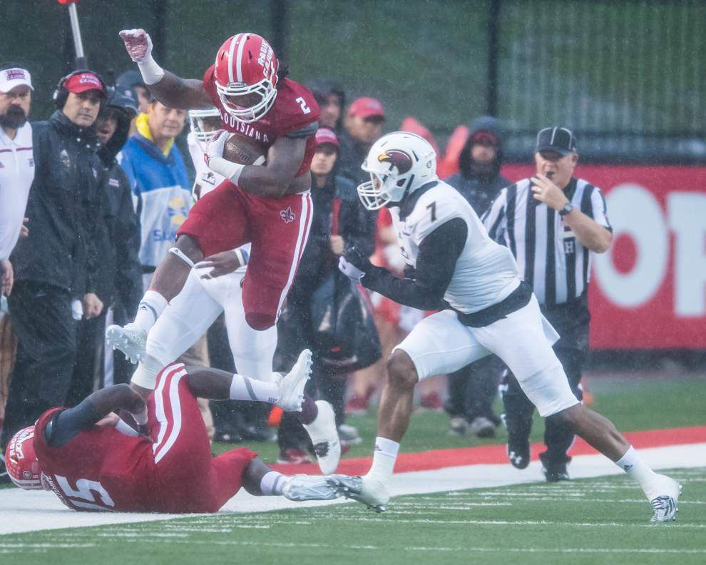 Behind Brooks Haack, Cajuns storm back for a 30-24 homecoming victory over Louisiana-Monroe _lowres