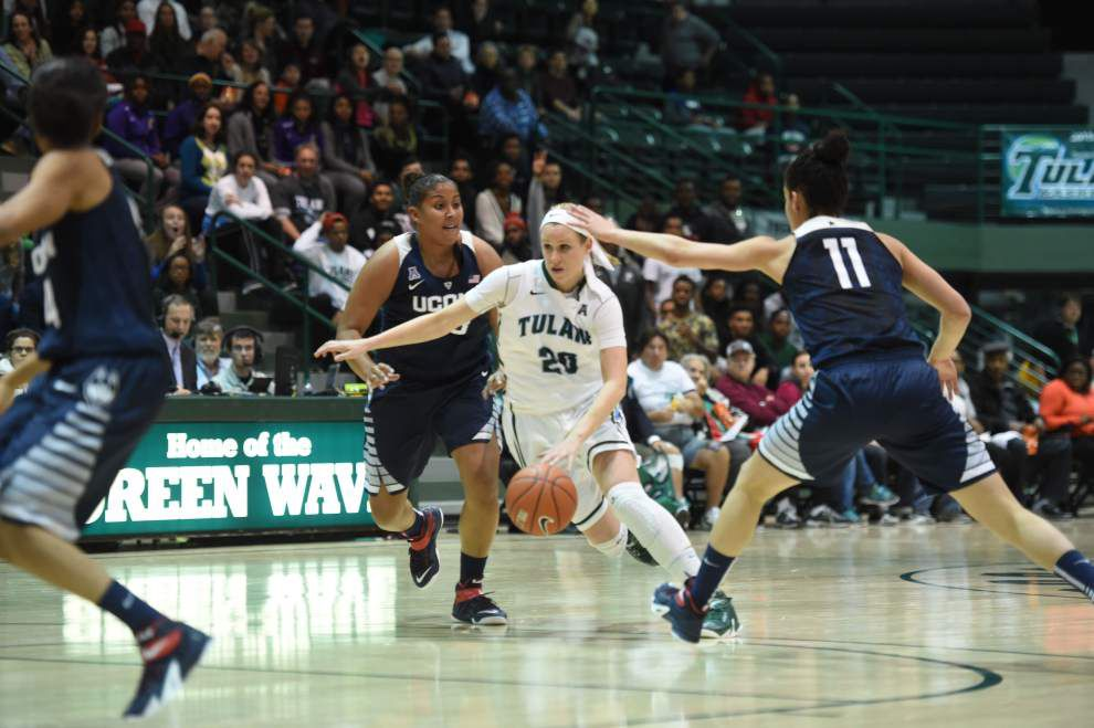 Top-ranked Connecticut women power through Tulane again _lowres