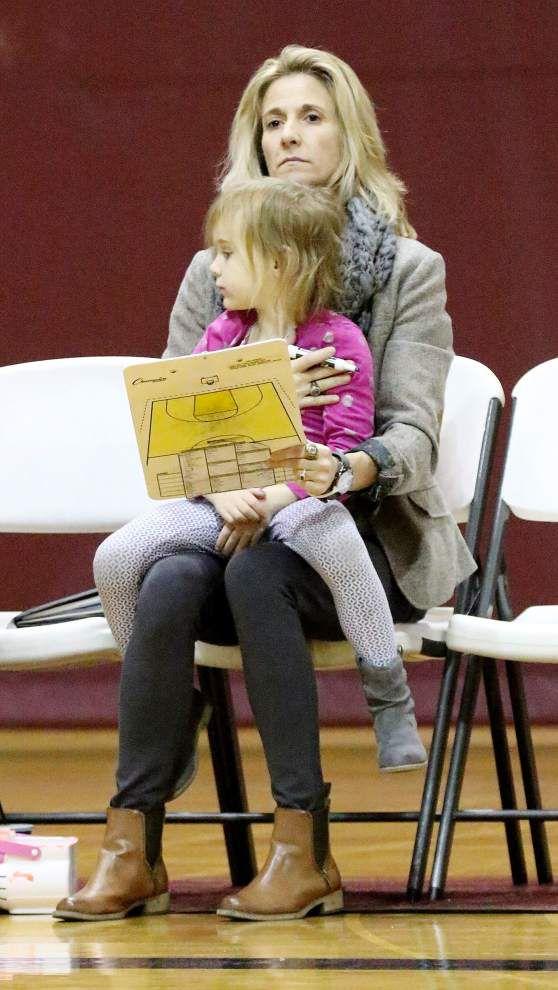 Lewis: Loyola's Kellie Kennedy balances motherhood, coaching _lowres