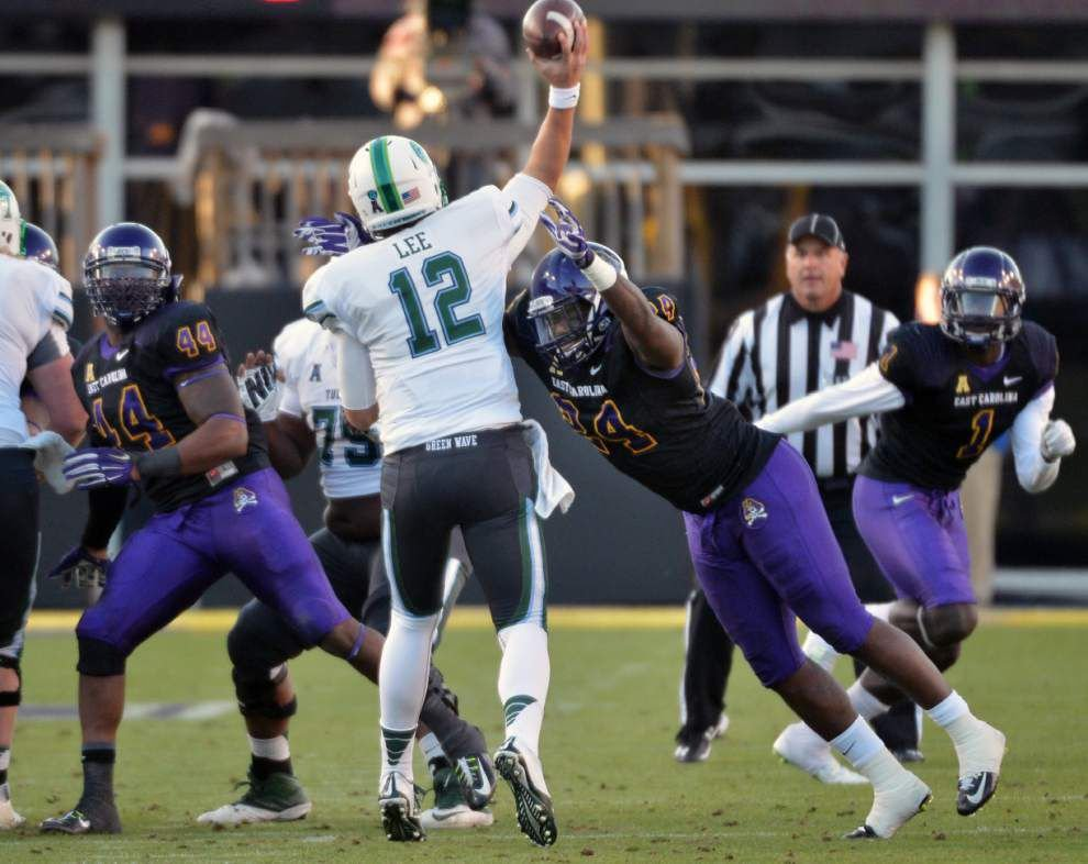 Tulane comes out throwing against East Carolina, with mixed results _lowres