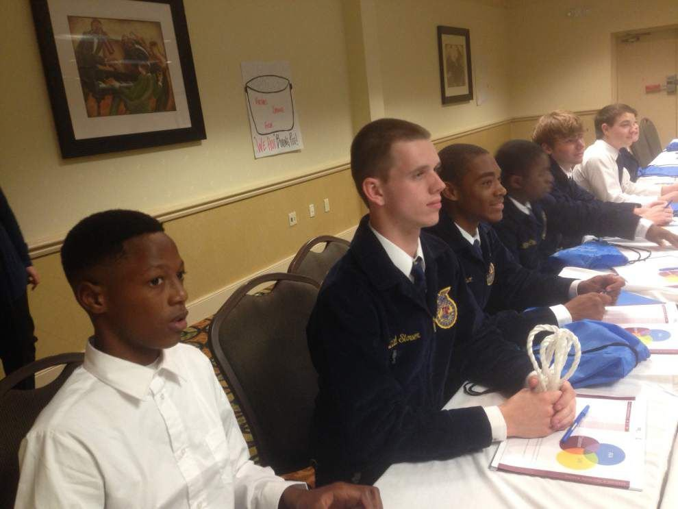FFA members attend leadership conferences _lowres