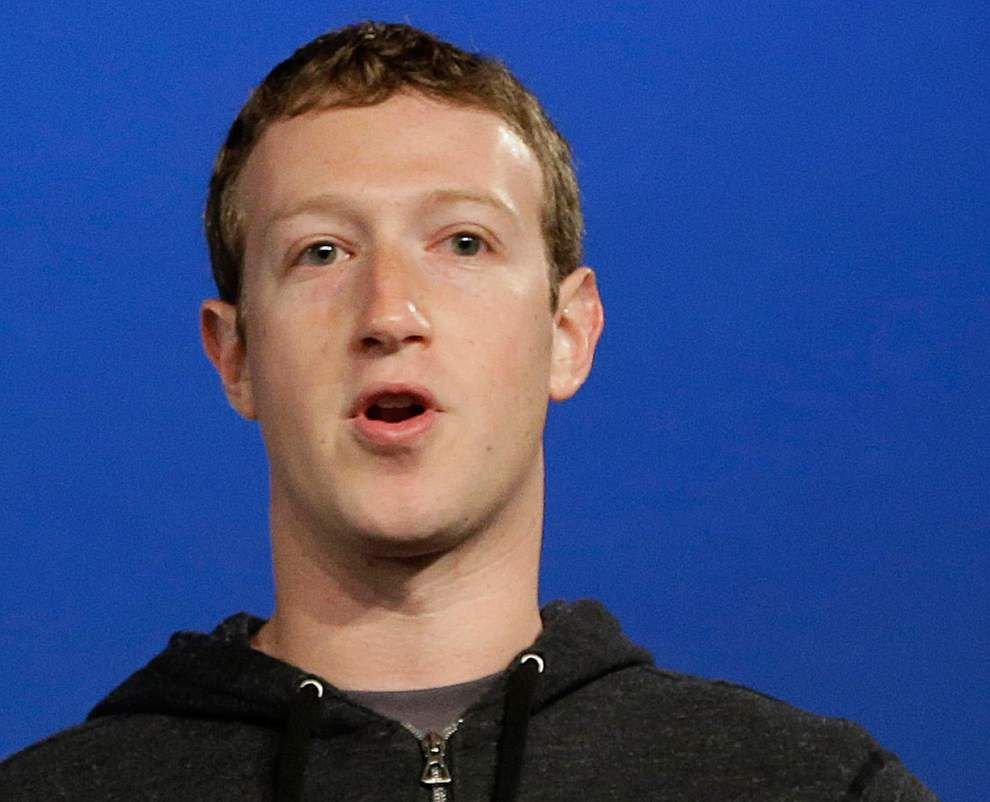 Facebook CEO reaps $3.3B gain from stock options _lowres