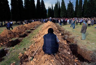 274 dead in Turkey's worst-ever mine disaster _lowres