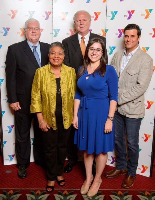 YMCA honors volunteers _lowres