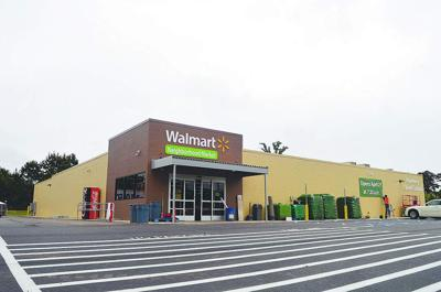 'Not a big disappointment': As Wal-Mart closes its doors in Clinton, some residents celebrate _lowres