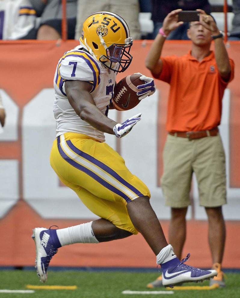 To win Heisman Trophy, LSU running back Leonard Fournette's biggest competition is... _lowres