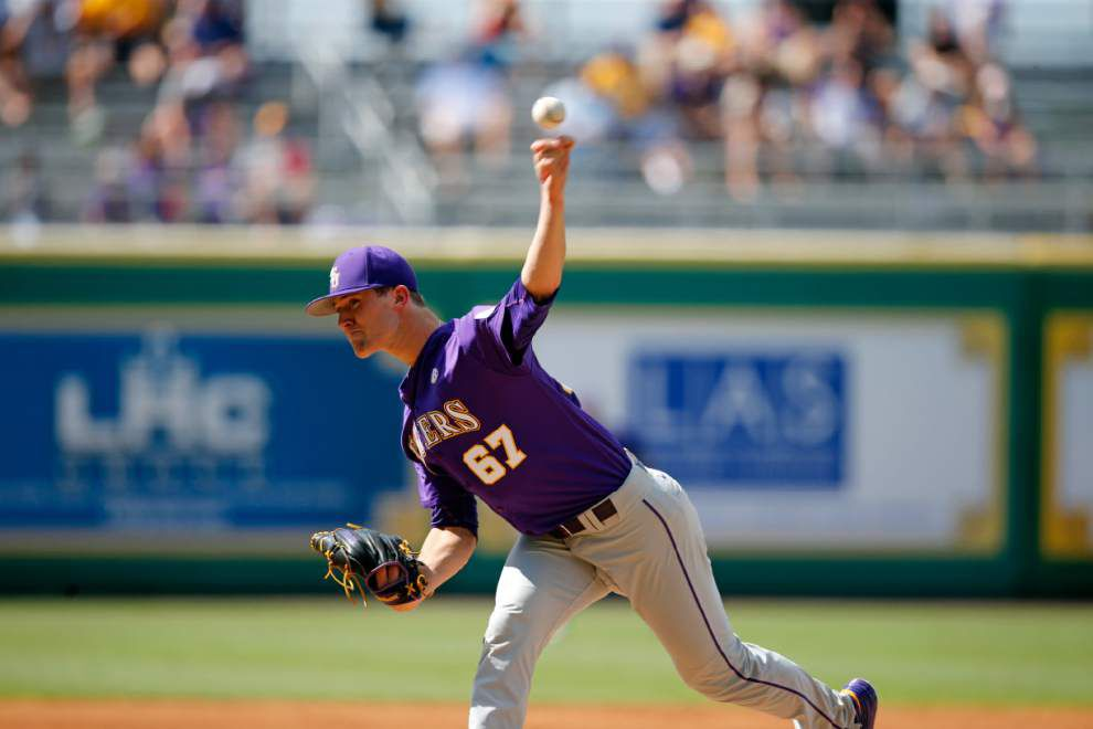 Struggling start: LSU's Jake Latz lasts just 1.1 innings, gives up 2 runs in start against Rice _lowres