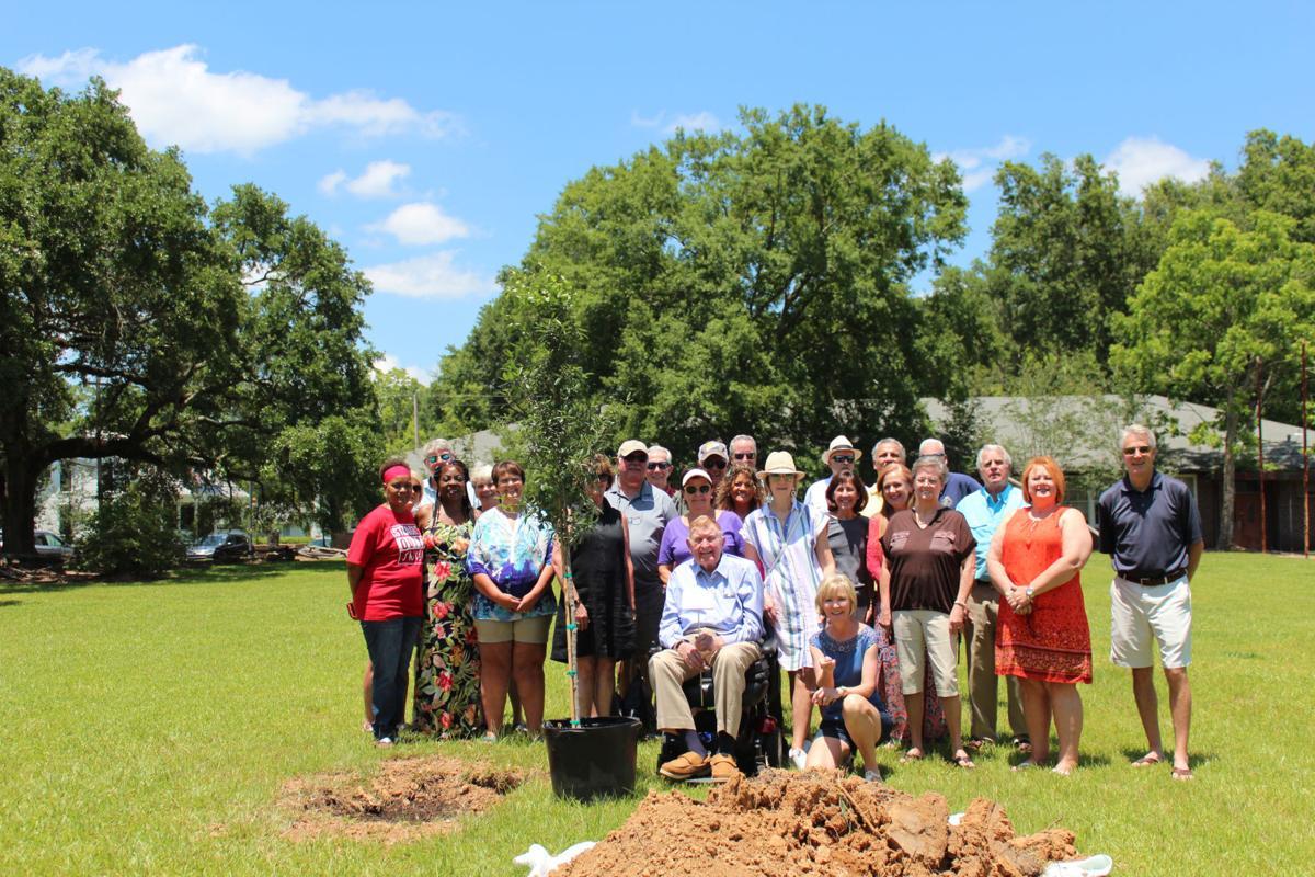 Lynnette Harvey Tree Dedication 2019.JPG