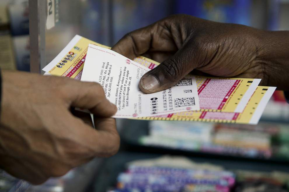 Powerball jackpot climbs to estimated $675 million, largest ever in U.S. _lowres (copy)