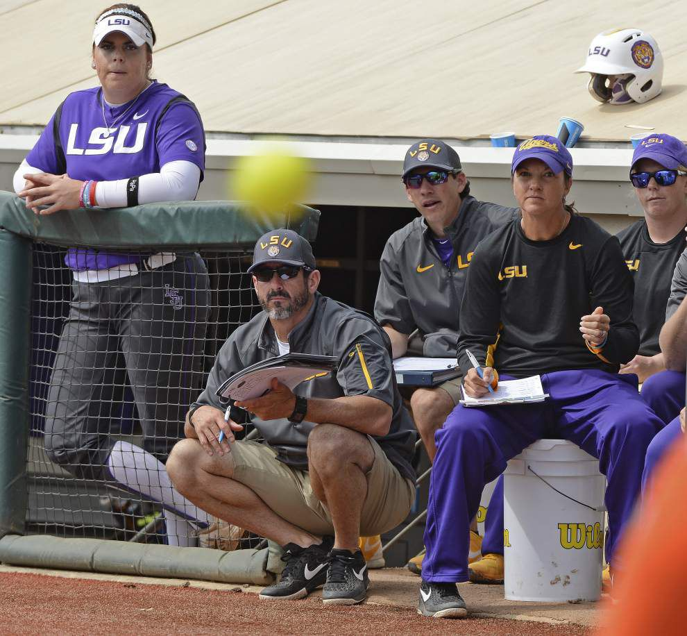 LSU bats mostly quiet again as No. 1 Florida sweeps softball series with 6-2 win _lowres