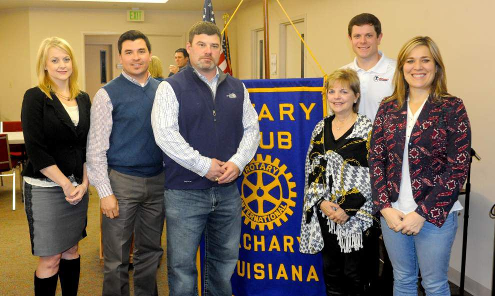 New Rotarians give classification speeches _lowres