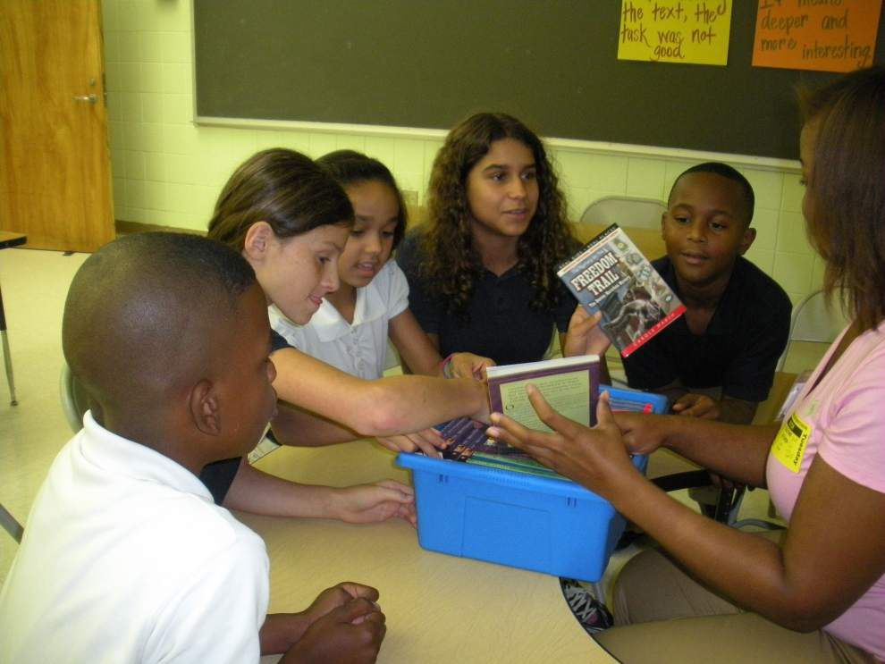 ROAR book club helps teachers, students _lowres