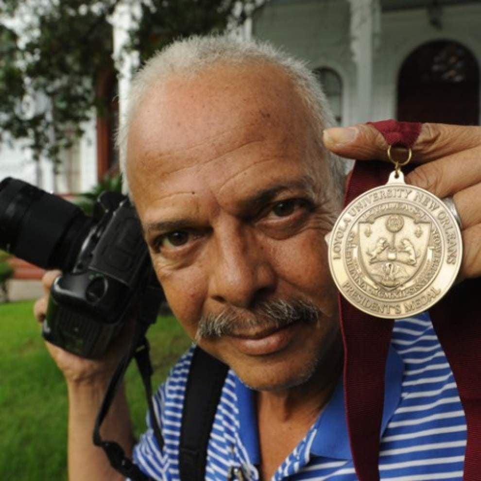 300,000 images later, Loyola University photographer is retiring _lowres