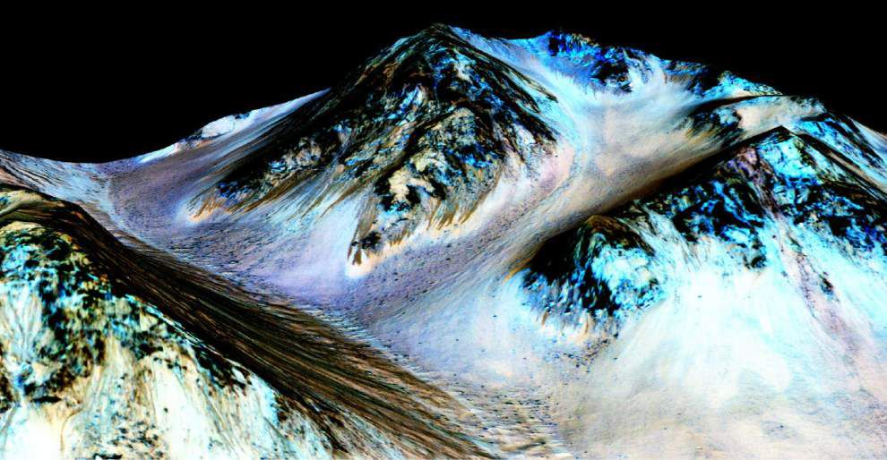 'Mars just got more interesting' after evidence shows streams of salt water flow in summertime _lowres